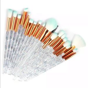 Other - Brand New Makeup brushes set 20 pieces